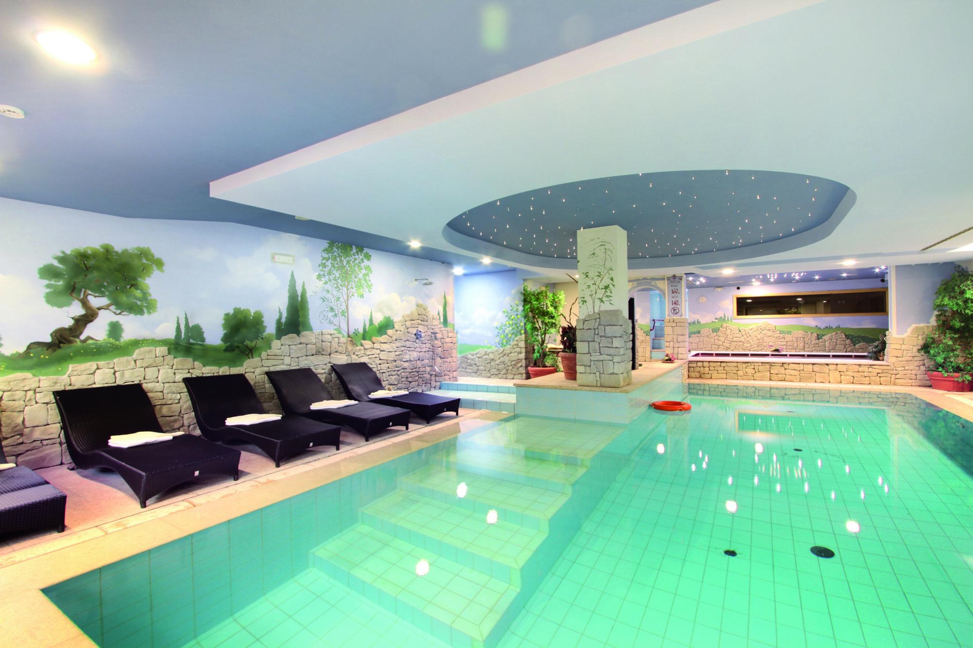 25 Hotel Rubino - Swimming pool