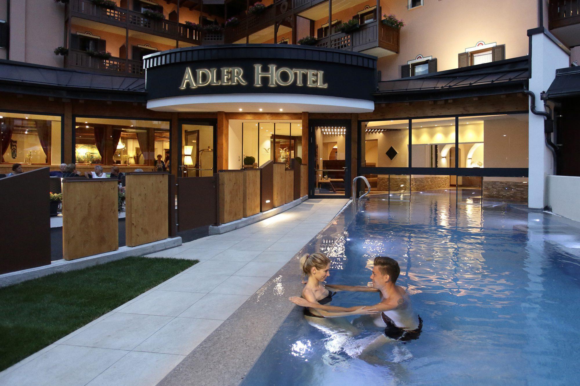 14 - Piscina Dolomiti Vital Pool Esterna