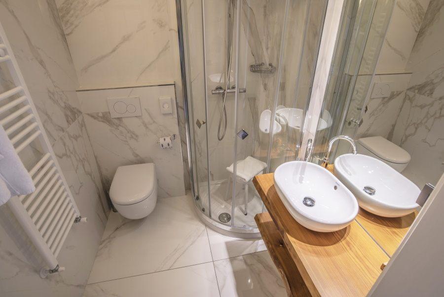 bagno camera mansardata