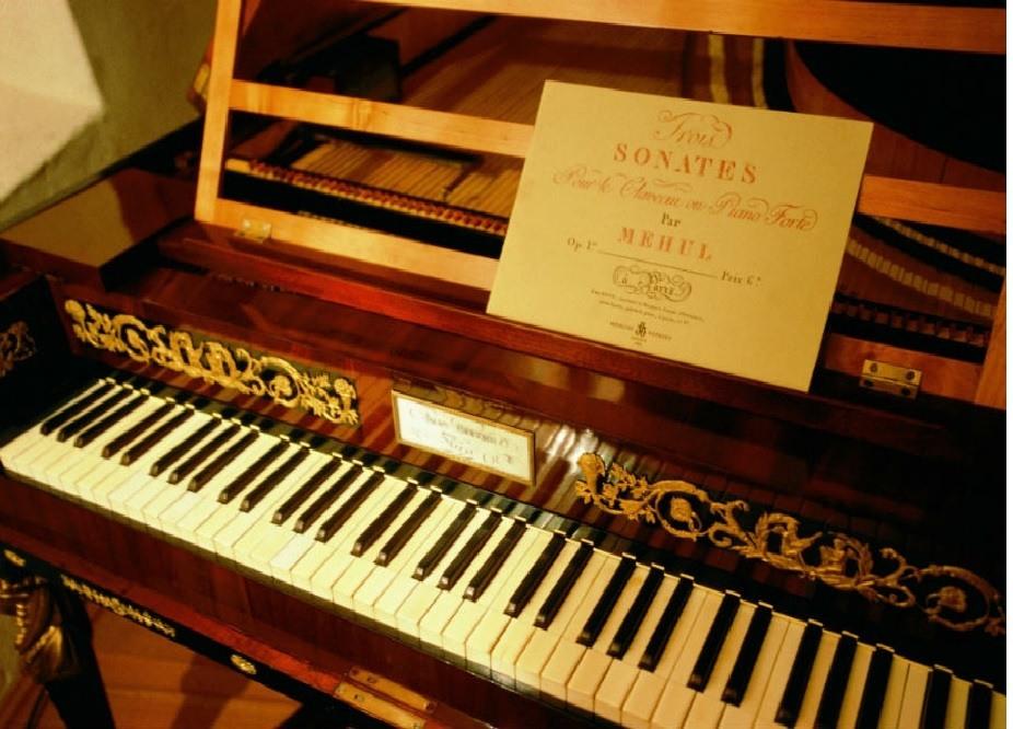 10MUSEO DEL PIANOFORTE